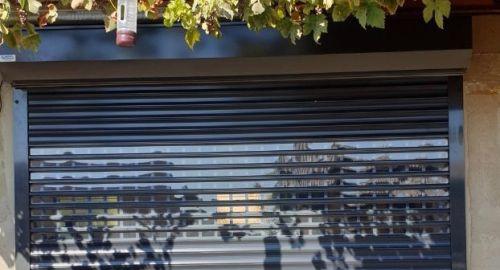 NOVO: Protivetrna zaščita za večjo stabilnost rolo garažnih vrat