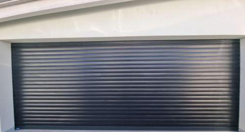 Razkrivamo 3 razloge, zakaj je dobro izbrati rolo garažna vrata!