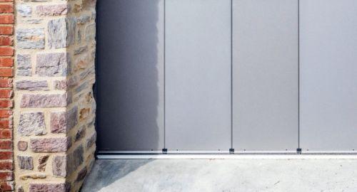 Že poznate stranska sekcijska garažna vrata?